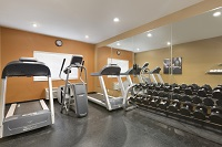 Fitness center at Rochester hotel