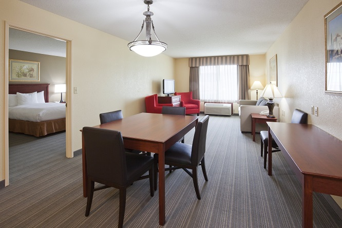 One-bedroom Extended-stay Suite