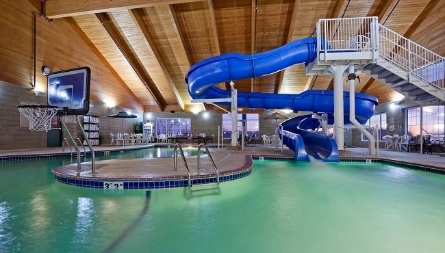 Willmar Mn Hotel With Pool Country Inn Suites Services