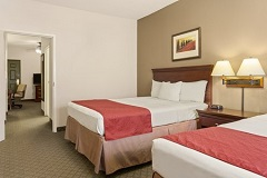 Country Inn & Suites hotel guest room