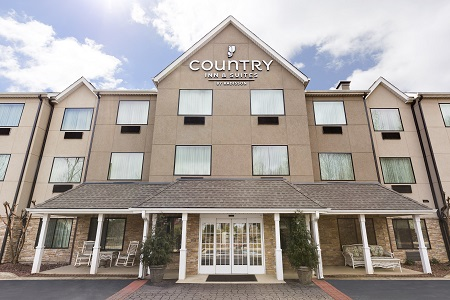 Country Inn & Suites, Asheville at Asheville Outlet Mall, NC exterior