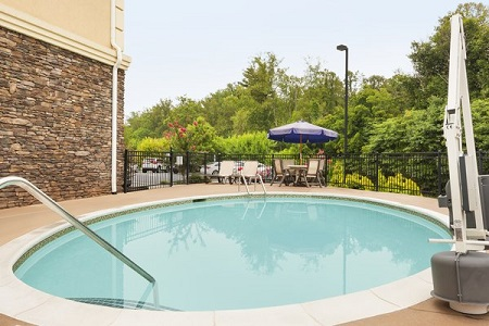 Sparkling outdoor pool in Asheville