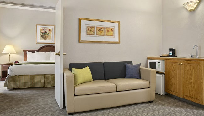 Hotel Rooms Near Unc Charlotte Country Inn Amp Suites Rooms