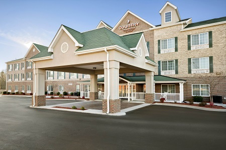 Exterior of the Country Inn & Suites, High Point, NC