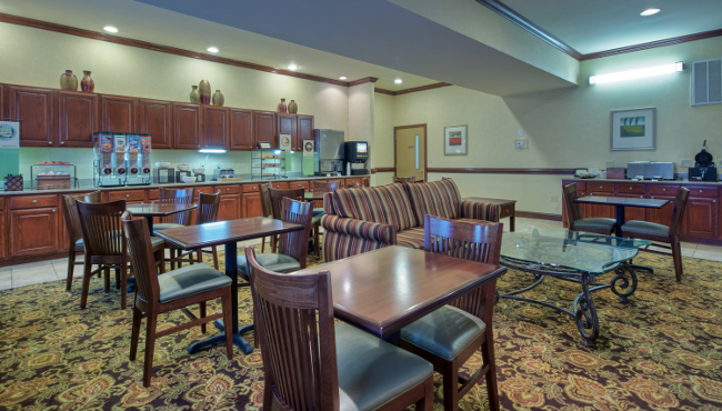 Wilmington hotels with free breakfast country inn