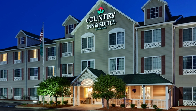 Sleep Well at This Country Inn & Suites