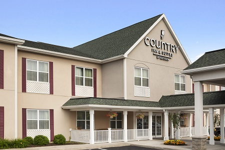 Exterior of the Country Inn & Suites, Ithaca, NY