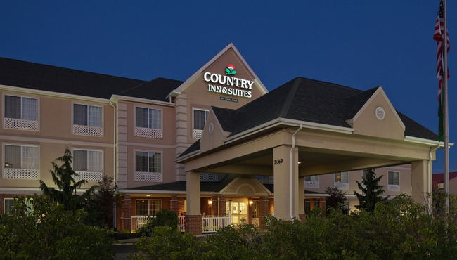 Country Inn & Suites, Mansfield, OH