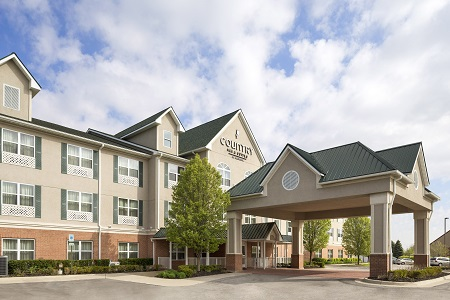Hotel exterior of the Country Inn & Suites, Toledo South, OH