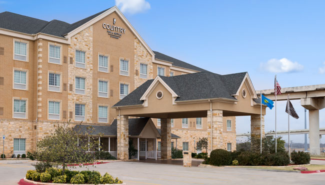 Welcome to the Country Inn & Suites North Oklahoma City!
