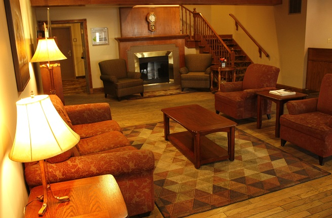 Country Inn & Suites Saskatoon Lobby