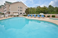 Outdoor pool at the Country Inn & Suites hotel in Aiken