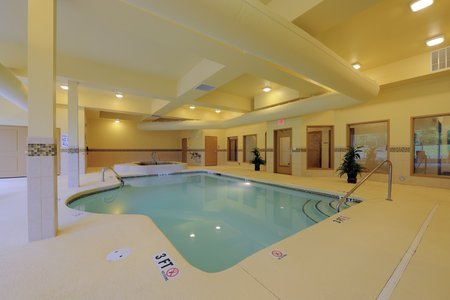 Columbia Hotel S Indoor Pool And Hot Tub