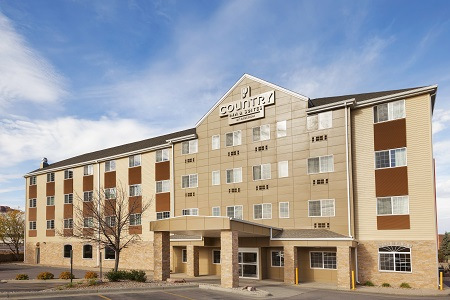 Country Inn & Suites, Sioux Falls, SD hotel exterior