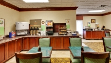 Breakfast room at Knoxville airport hotel