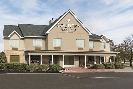 Exterior of the Country Inn & Suites, Murfreesboro, TN