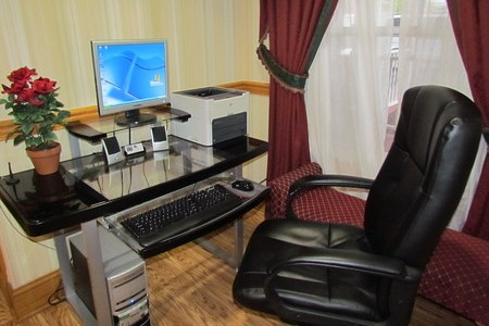Hotel business center with printer and free Internet in Nashville