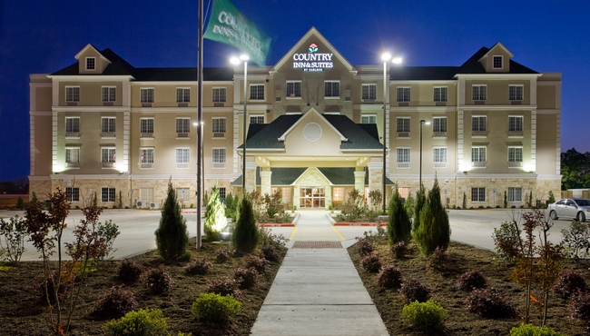 Exterior of the Country Inn & Suites at night