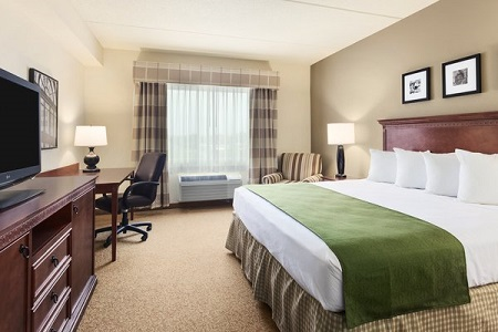 King Guest Room at the Country Inn & Suites, Buffalo South