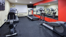 Coon Rapids hotel's fitness center