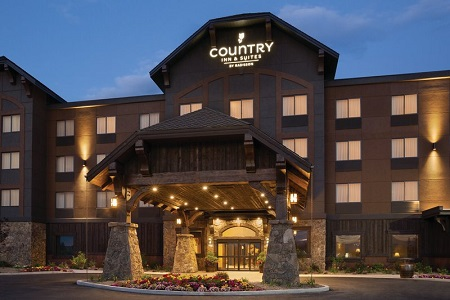 Country Inn & Suites, Kalispell, MT - Glacier Lodge hotel exterior