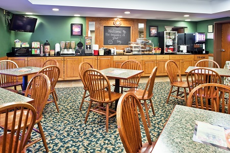 Jonesborough Hotel's Breakfast Room with Free, Hot Breakfast