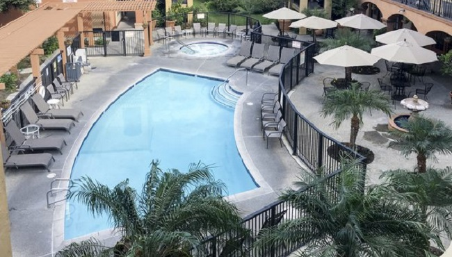 Santa ana hotels with free wi fi country inn suites services sparkling outdoor pool sciox Images