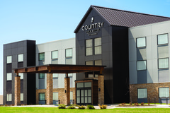 Country Inn & Suites, Lawrence, KS hotel exterior