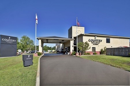 Country Inn & Suites, Monroeville, AL hotel exterior