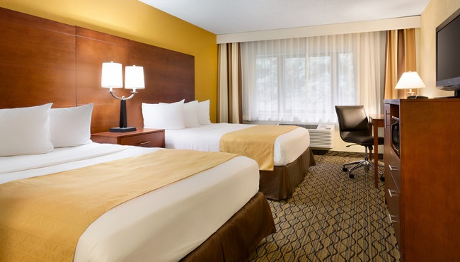 mishawaka hotel rooms country inn suites rooms rh countryinns com