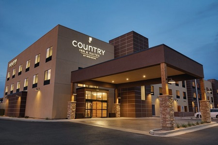 Exterior of Country Inn & Suites