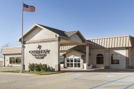 Welcome to the Country Inn & Suites, Sidney, NE!