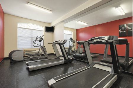 Williamsburg hotel's fitness center with treadmills and more