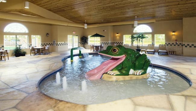 Green Bay Hotels With Hot Tub Suites