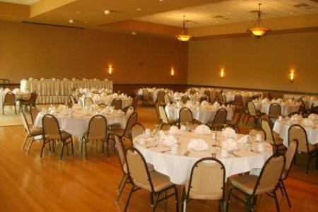 Reception seating in Green Bay event space