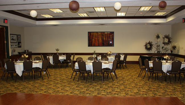 Banquet space in Beckley, WV with round tables