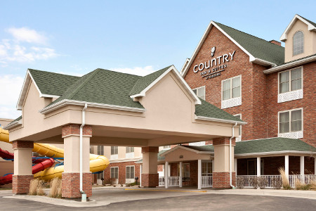 Exterior of the Country Inn & Suites, Gillette, WY