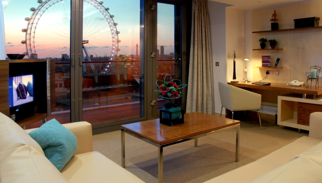 Hotel Rooms Near London County Hall