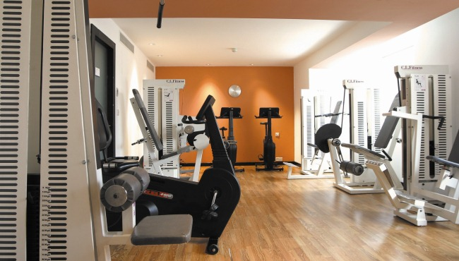 Fitness centre with modern equipment in Leeds hotel