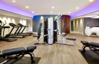 London Victoria Station hotel with fitness centre