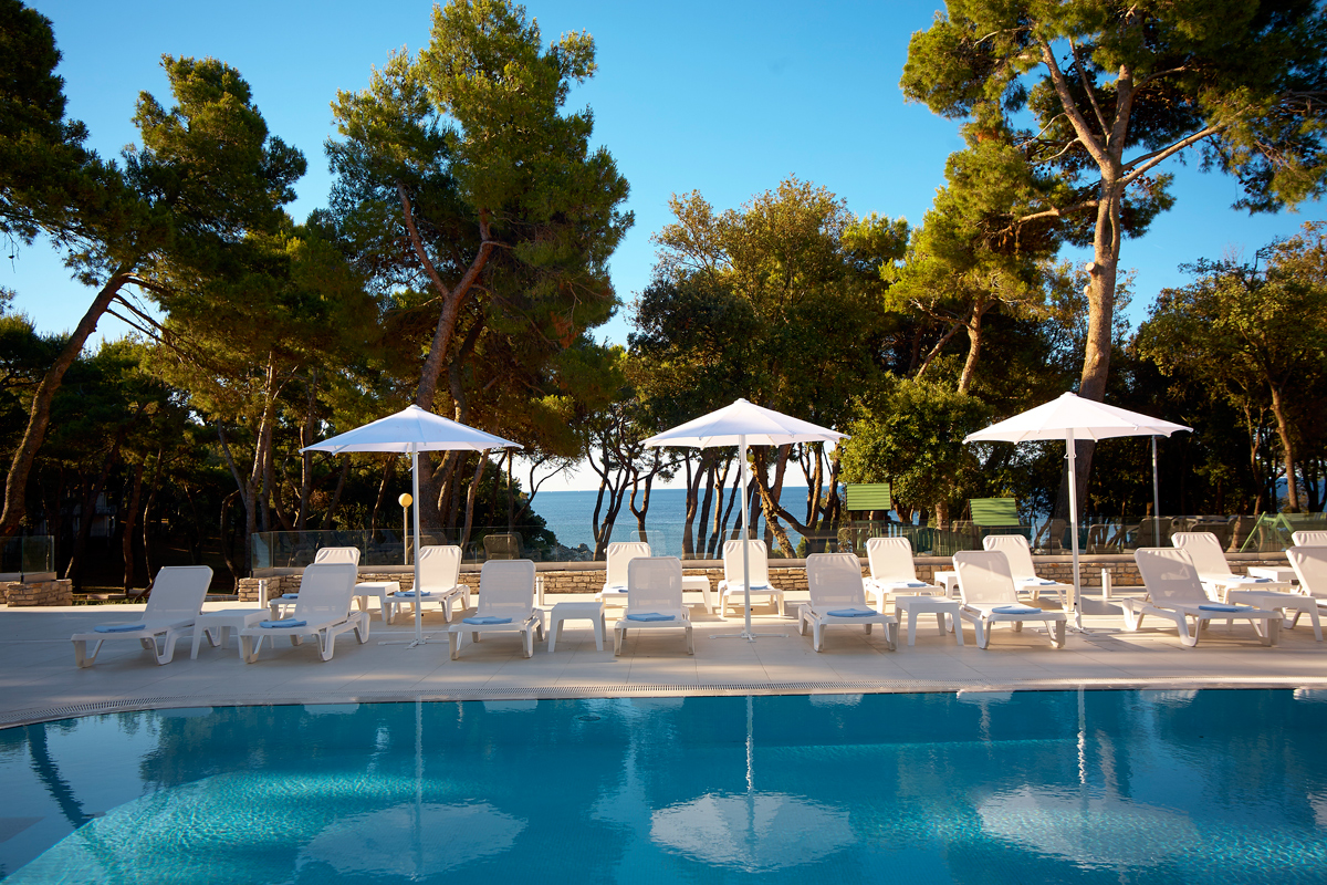 Hotel In Pula With Wi Fi Park Plaza Services