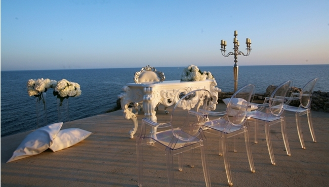 Pula wedding arrangement by the sea