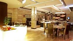 Panorama buffet and dining area