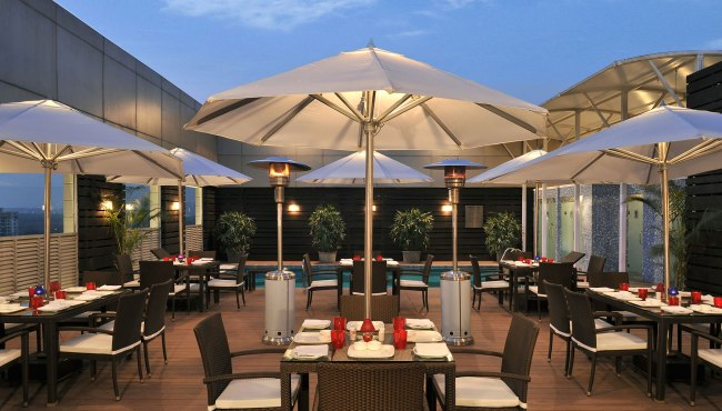 Faridabad restaurants park plaza faridabad terrace for Restaurant with terrace