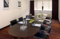 Utrecht hotel meeting room with intimate board room setup