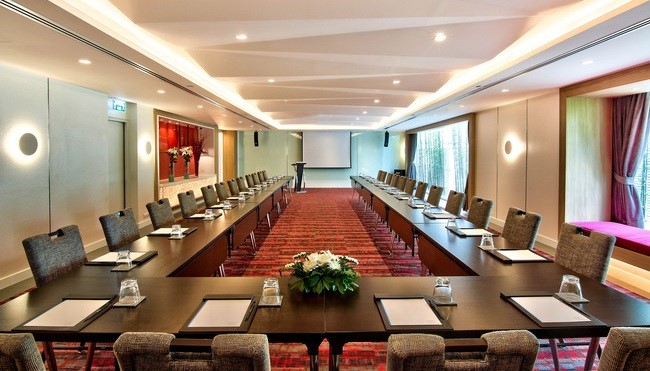 meeting beige wien meetings lemeridien tagungshotel opernring at vienna of racing en le ridien rooms the new green room congress m kind hotel