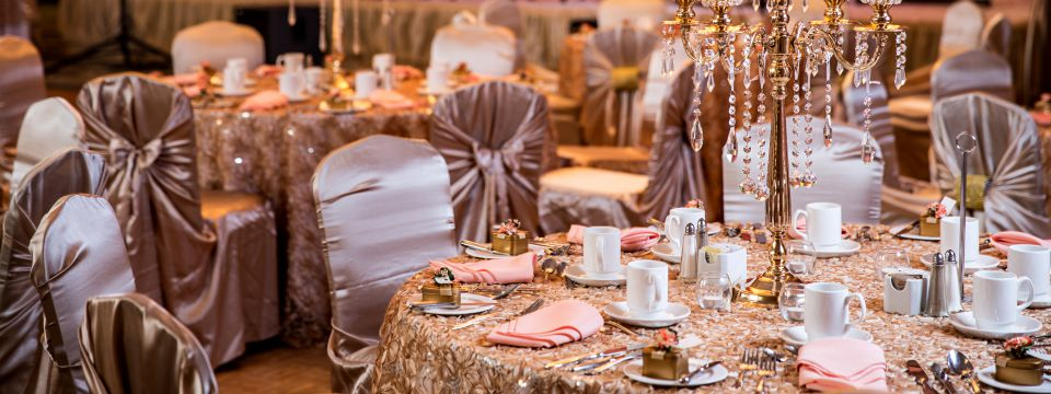 Pink and gold decor for a wedding reception