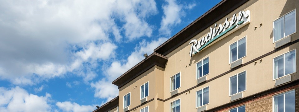 Special government hotel rates at Radisson Fort McMurray