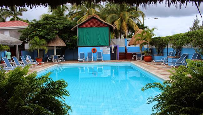 Belize City Hotel With Swimming Pool