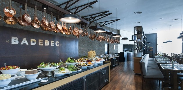 Restaurant with buffet